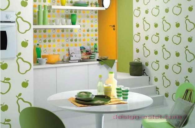 Дизайн оклейки стен кухни желто-зелеными обоями