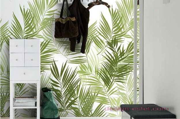 Дизайн оклейки стен гостиной обоями в тропическом стиле