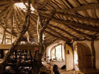 Дом хоббита в Уэльсе, Великобритания