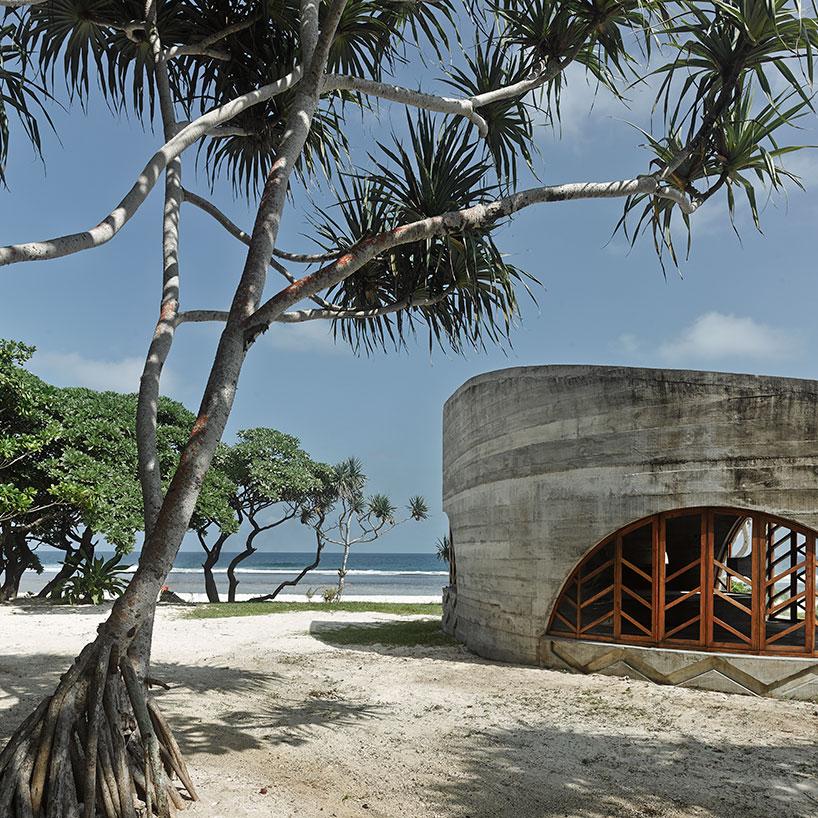 Тропический отель с необычным дизайном