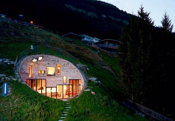Проект дома под землей - фото реализованного строительства в Швейцарии