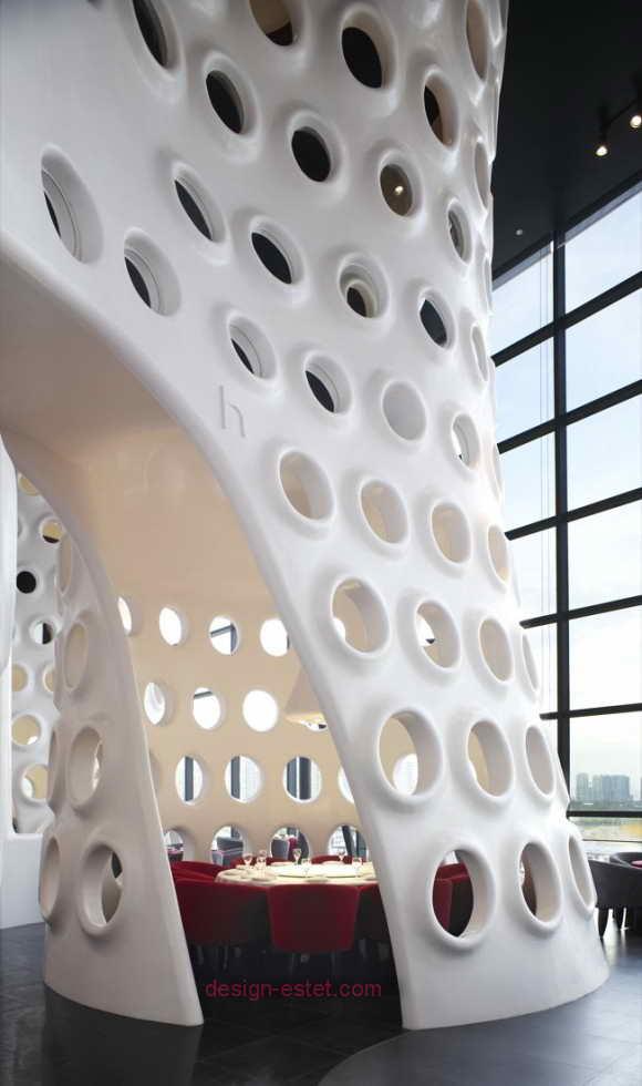 Белый пластик в дизайне ресторана в стиле модерн
