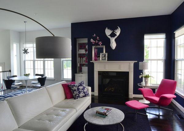 Сочетание темно-синего цвета с розовым цветом в интерьере