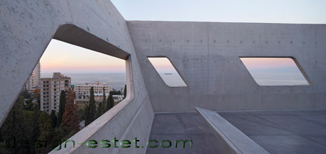 Реализованный проект Захи Хадид - бетон в архитектуре ИФИ в Ливане