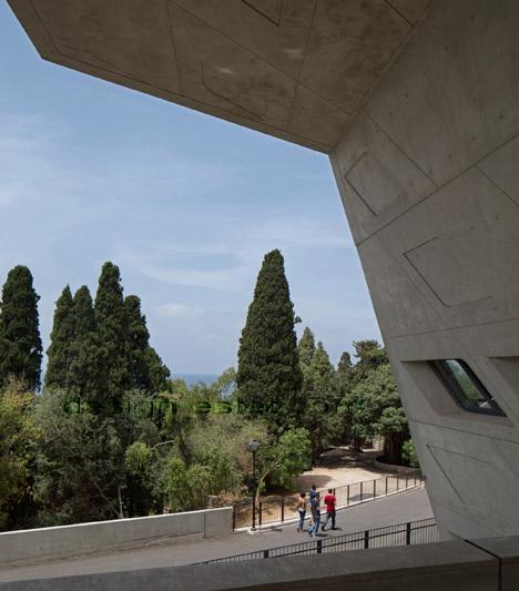 Реализованный проект Захи Хадид - авангардизм здания ИФИ в Ливане