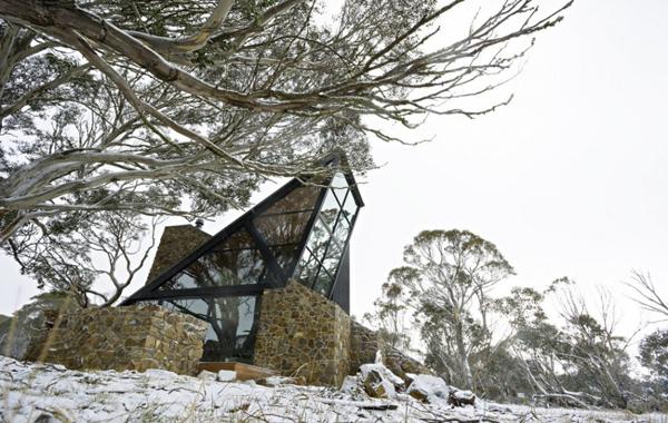 Современный дизайн дома в стиле хай-тек снаружи