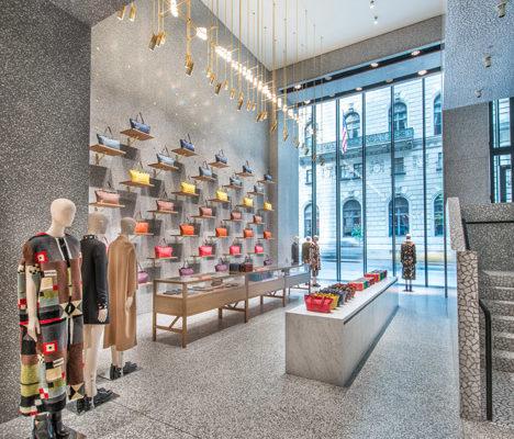 Дизайн интерьера магазина одежды Валентино