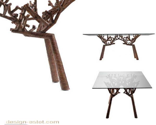 Дизайнерский стол из массива дерева и стекла