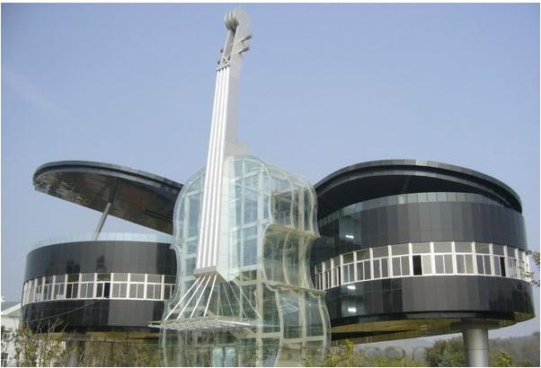 Реализованный проект дома рояля со скрипкой в Китае