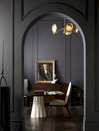 Готический стиль в интерьере кухни-столовой в квартире