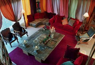 Мягкая мебель для интерьера мини-отеля