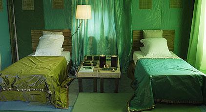 Зеленые тона в дизайне интерьера мини-отеля