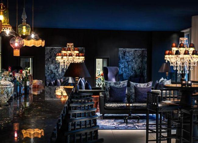 Зона лобби в голландском стиле в интерьере отеля Andaz от Марселя Вандерса