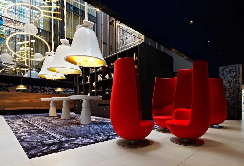 Интерьер вестибюля отеля Andaz от Марселя Вандерса