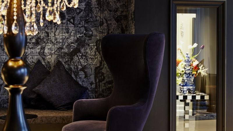Мягкая мебель в интерьерах голландского отеля Андаз от Марселя Вандерса