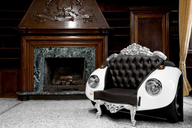 Мягкая мебель из деталей автомобиля