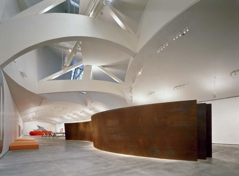 Кортеновская сталь (Corten) в музее Гуггенхайма в испанском Бильбао