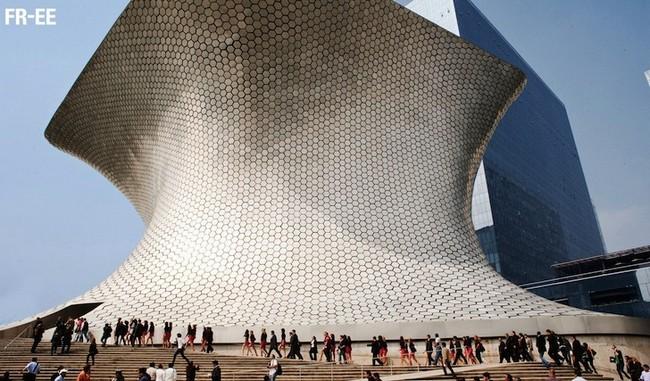 Фасады музея Сумайя в Мехико по проекту архитектора Фернандо Ромеро