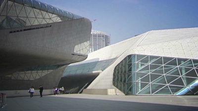 Оперный театр в Гуанчжоу в Китае - проект Захи Хадид