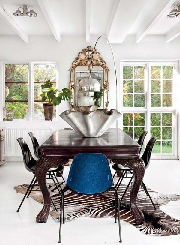 Интерьер столовой-гостиной в стиле винтажного ретро