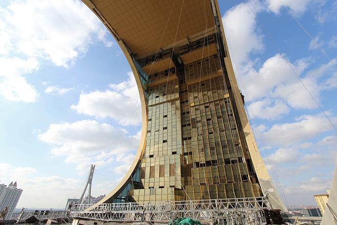 Экстерьер самого интересного небоскреба в мире