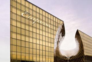 Современная архитектура торгового центра Emporia