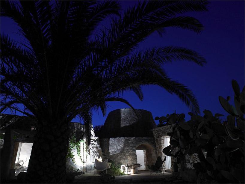 Фасады итальянского старинного каменного дома