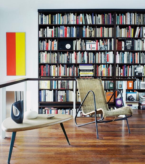 Корпусная мебель и книжные шкафы в стиле модернизм в интерьере