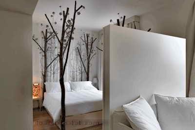 Дизайн интерьера номера в эко-стиле одного из самых дорогих отелей мира Maison Moschino Hotel Milan