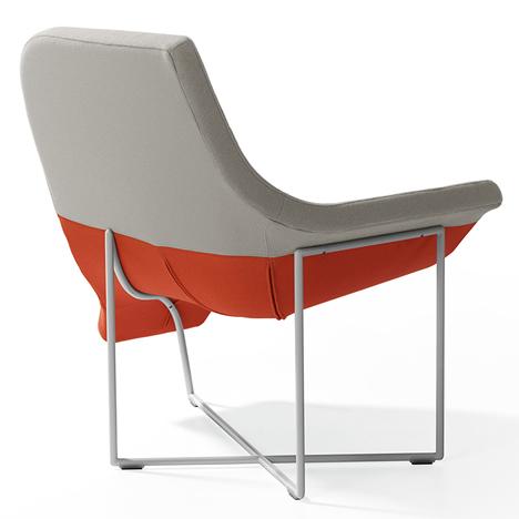 Металлический каркас и тканевая обивка дизайнерских современных кресел