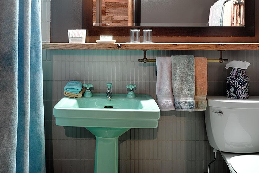 Идеи для интерьера ванной комнаты в мини-гостинице