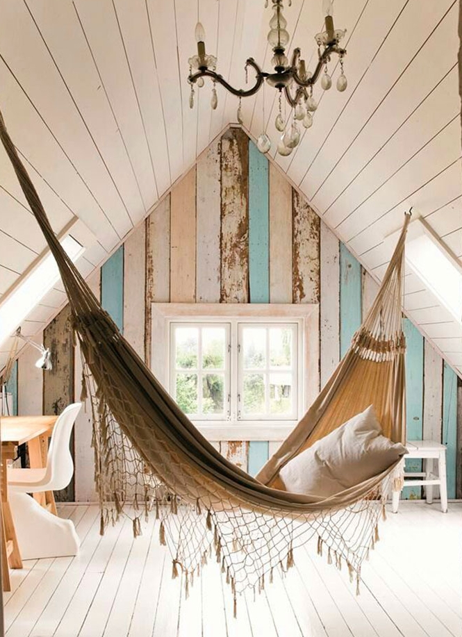 Подвесной гамак в деревенском стиле для дома