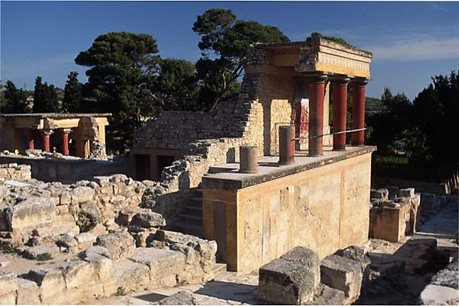Особенности архитектуры Кносского дворца Минотавра на Крите