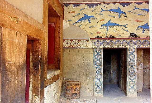 Фреска Дельфины в Кносском дворце на Крите