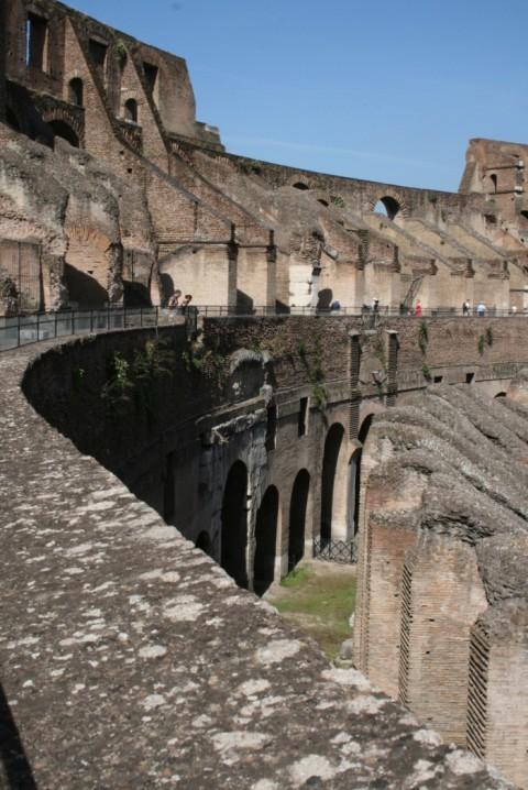 Фото Древнего Колизея в Риме сейчас