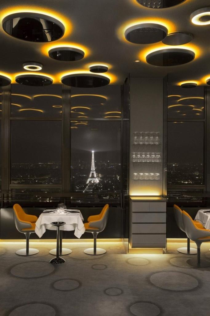 Современный стиль в дизайне освещения ресторана в Париже