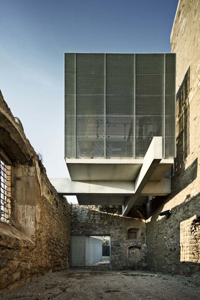 Реконструкция второго этажа старого здания монастыря в Европе