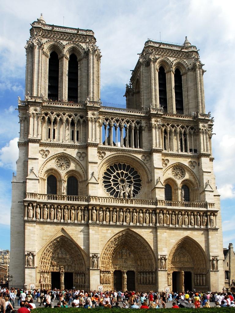 Фасад собора Парижской Богоматери