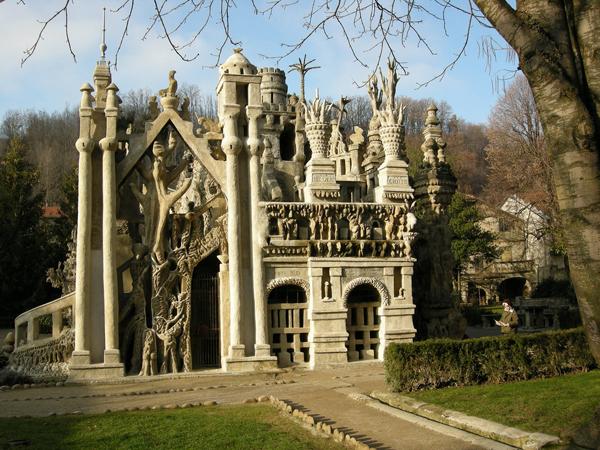 Самые необычные здания мира - дворец Фердинанда Шеваля